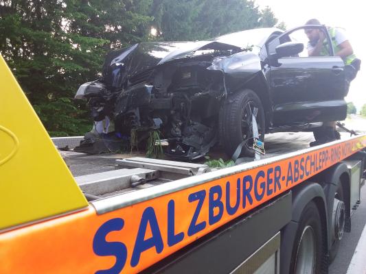 Aufräumarbeiten nach Verkehrsunfall am 27.06.2021
